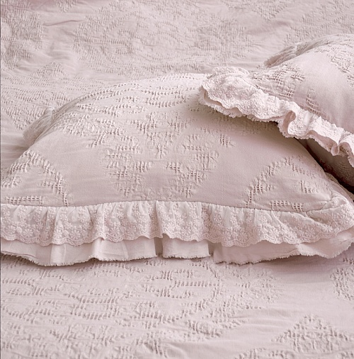 Подушка Provence Lux French Pink